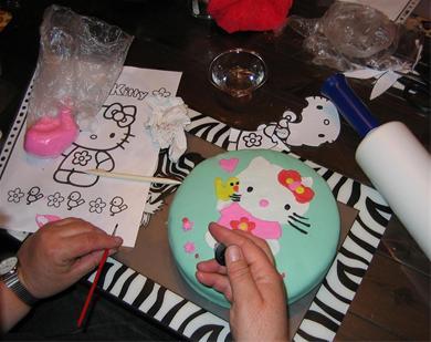 pin kinderworkshop ga je zelf eigen cupcakes versieren en. Black Bedroom Furniture Sets. Home Design Ideas