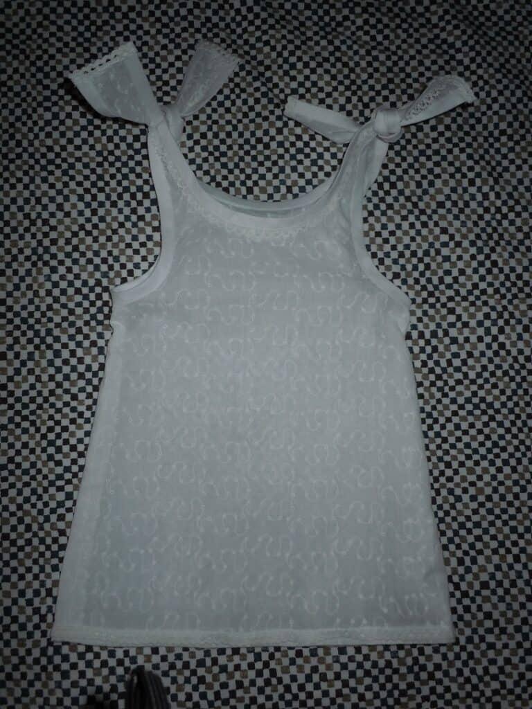 Naaipatroon baby jurkje makkelijk en gratis