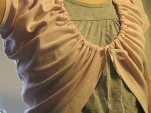Oud T-shirt nieuwe look en draagvorm geven