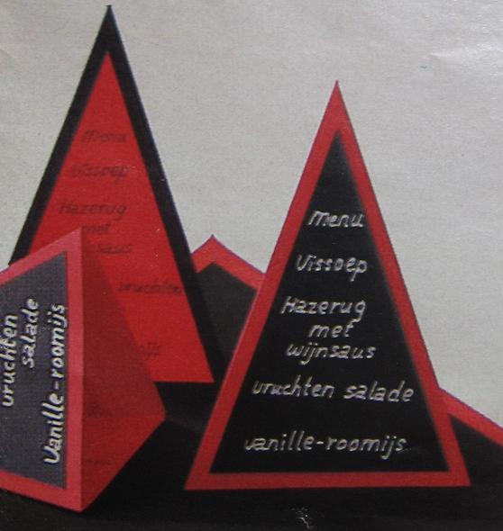 Menukaart maken driehoekig en staand