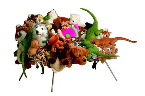 Knuffelbank of knuffelstoel maken met alle lieve knuffels