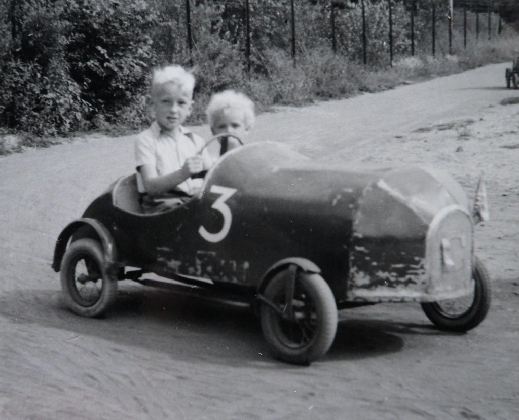 wat gaan we doen / De Bataaf Den Haag 1954 zomervakantie