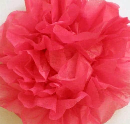 Papieren bloem maken van vloepapier of tissue