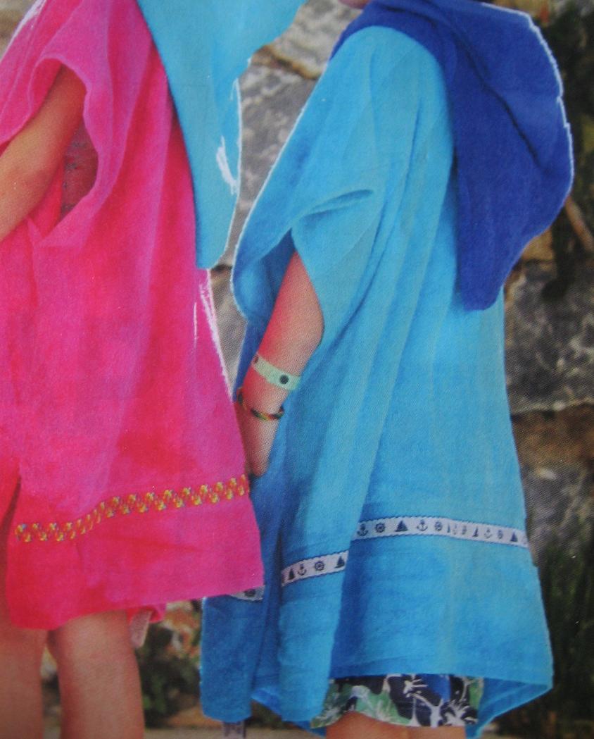 Gratis patroon badcape, strandcape, badjas uit twee handdoeken