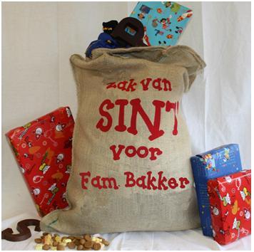 Zak van Sint en Piet met eigen naam en tekst erop