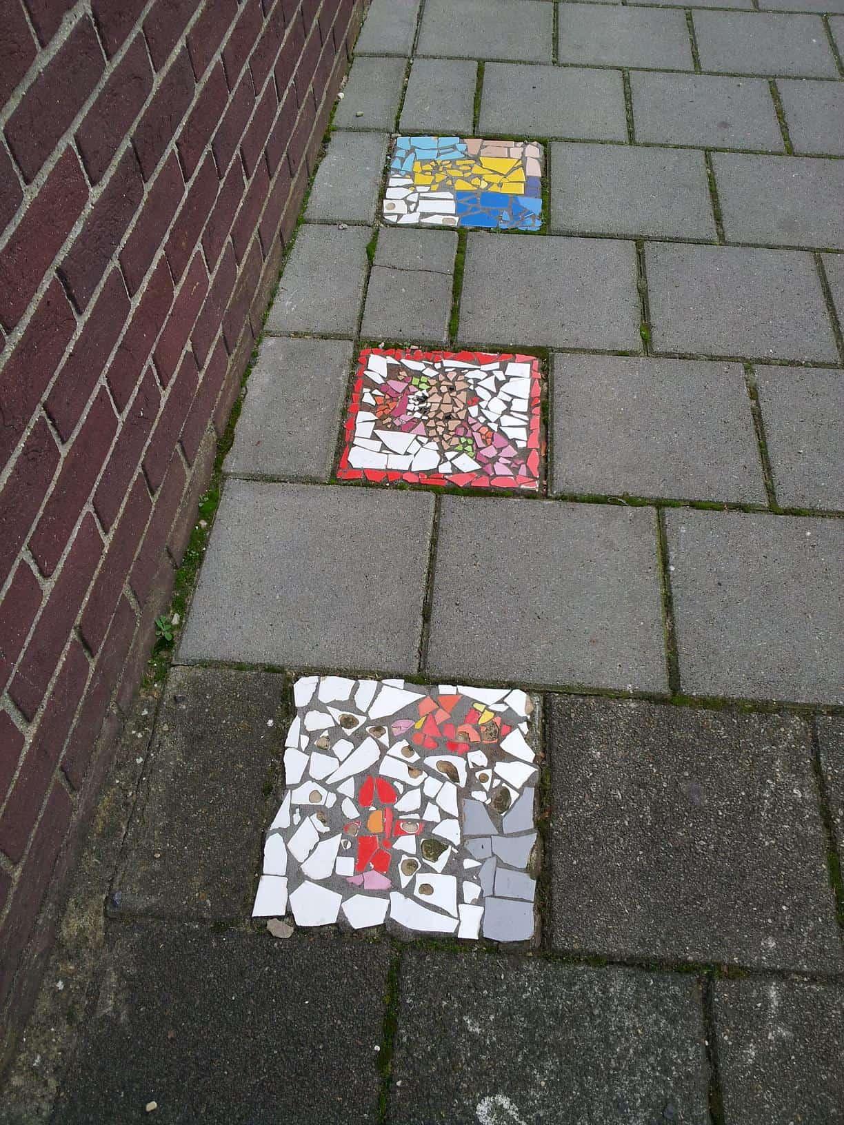 Hoe tuinmuur mozaieken