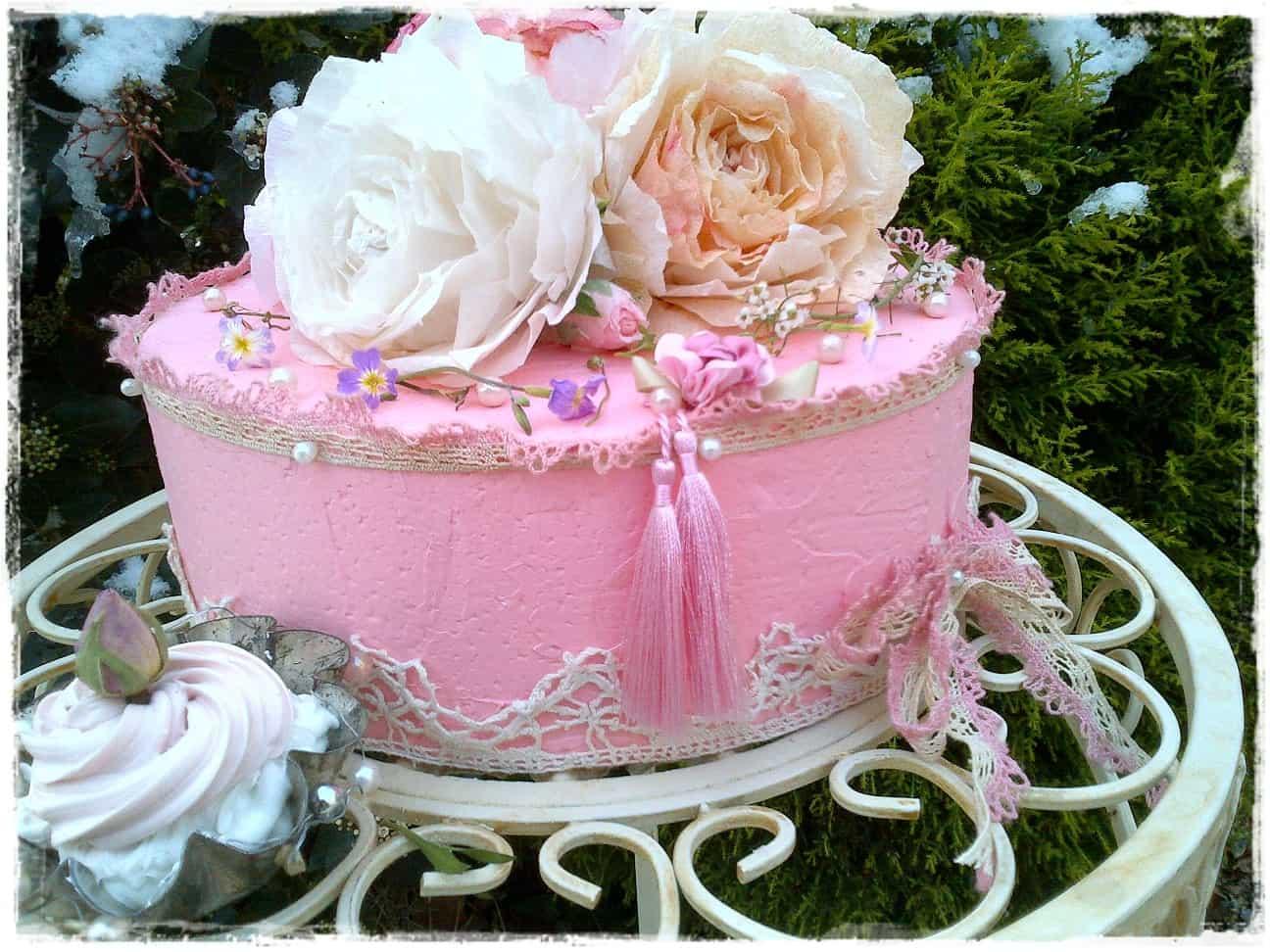 Workshop boeket rozen en taart met rozen van papier maken
