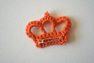Koningsdag knutselen voor jong en oud - kroontje haken / BRON: dehaakbrigade.blogspot.nl