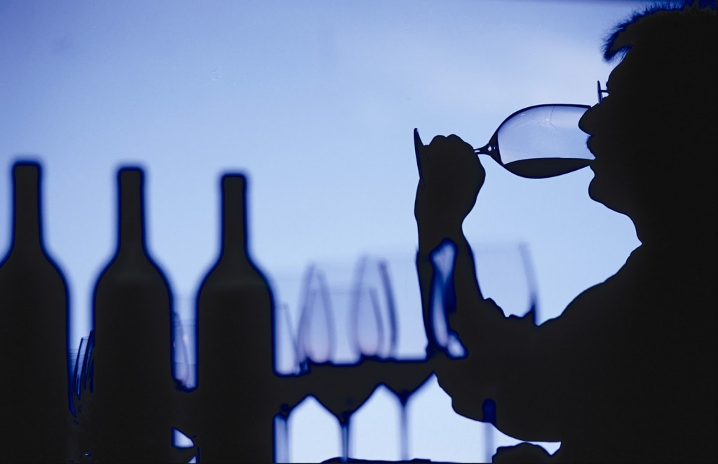 Wijnproeverij organiseren in eigen huis en tuin