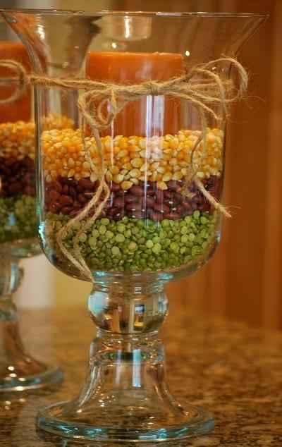 Glazen voorraadpotten vullen op kleur