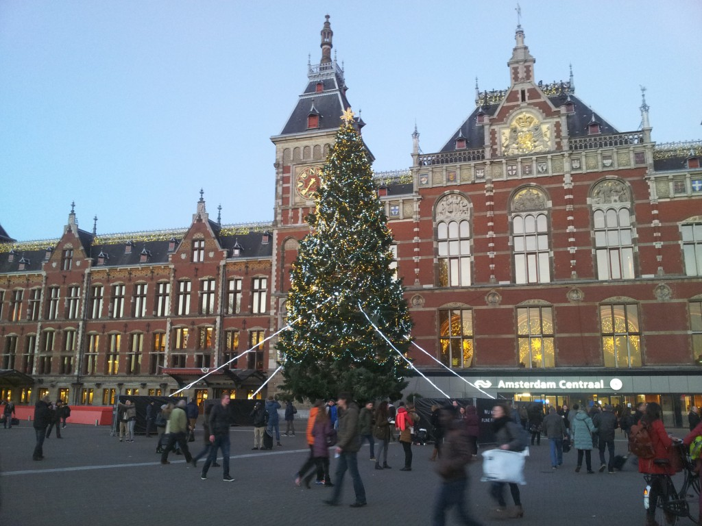 Amsterdam kerstmarkt damrak