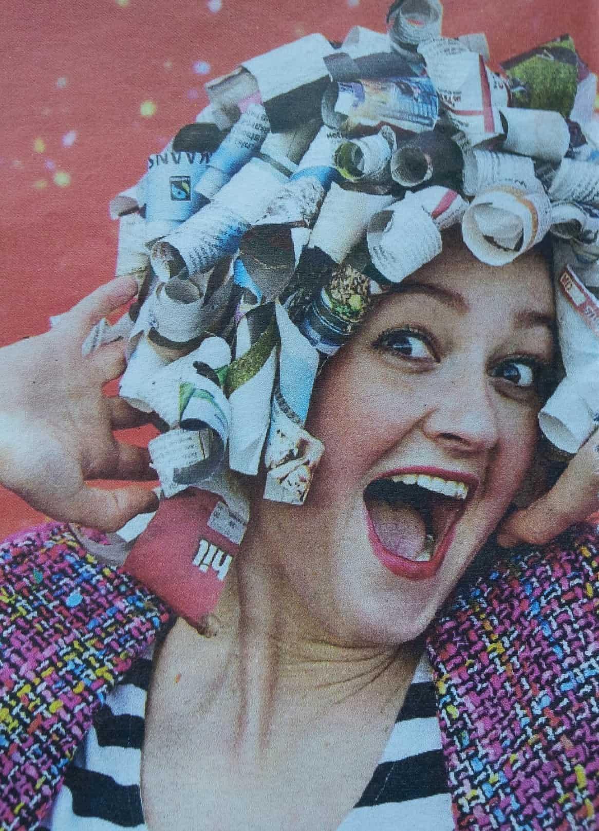 Krullenpruik zelf maken van krantenpapier / Bron: AD