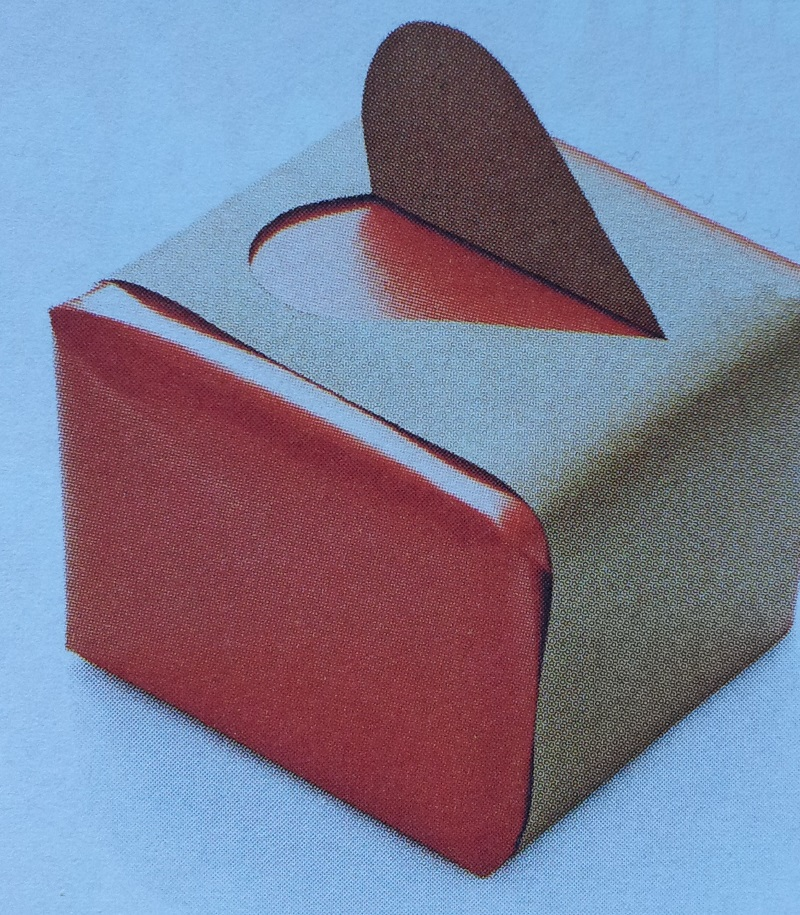 Inpakken cadeau idee met hartvorm