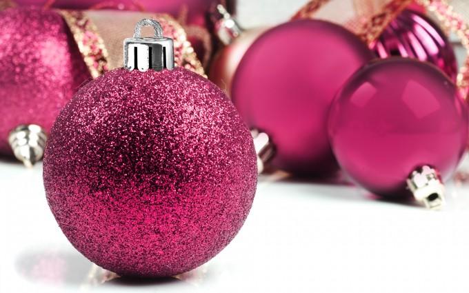 ballenbad decoratie maken met kerstballen