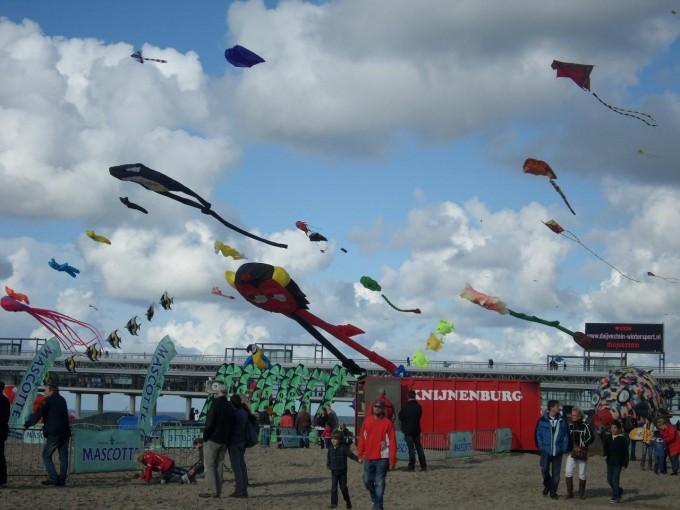 vliegerfeest scheveningen (9) 2011