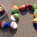 Domino met zelf gekleurde stenen