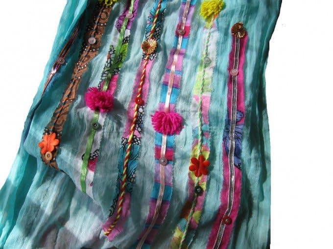 oude effen saaie sjaal versieren 1