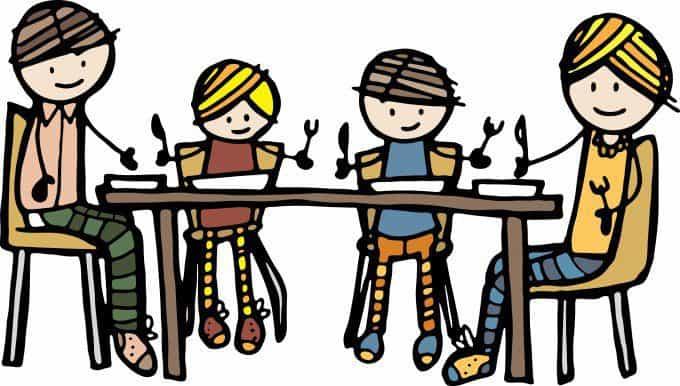 eten met kinderen aan tafel