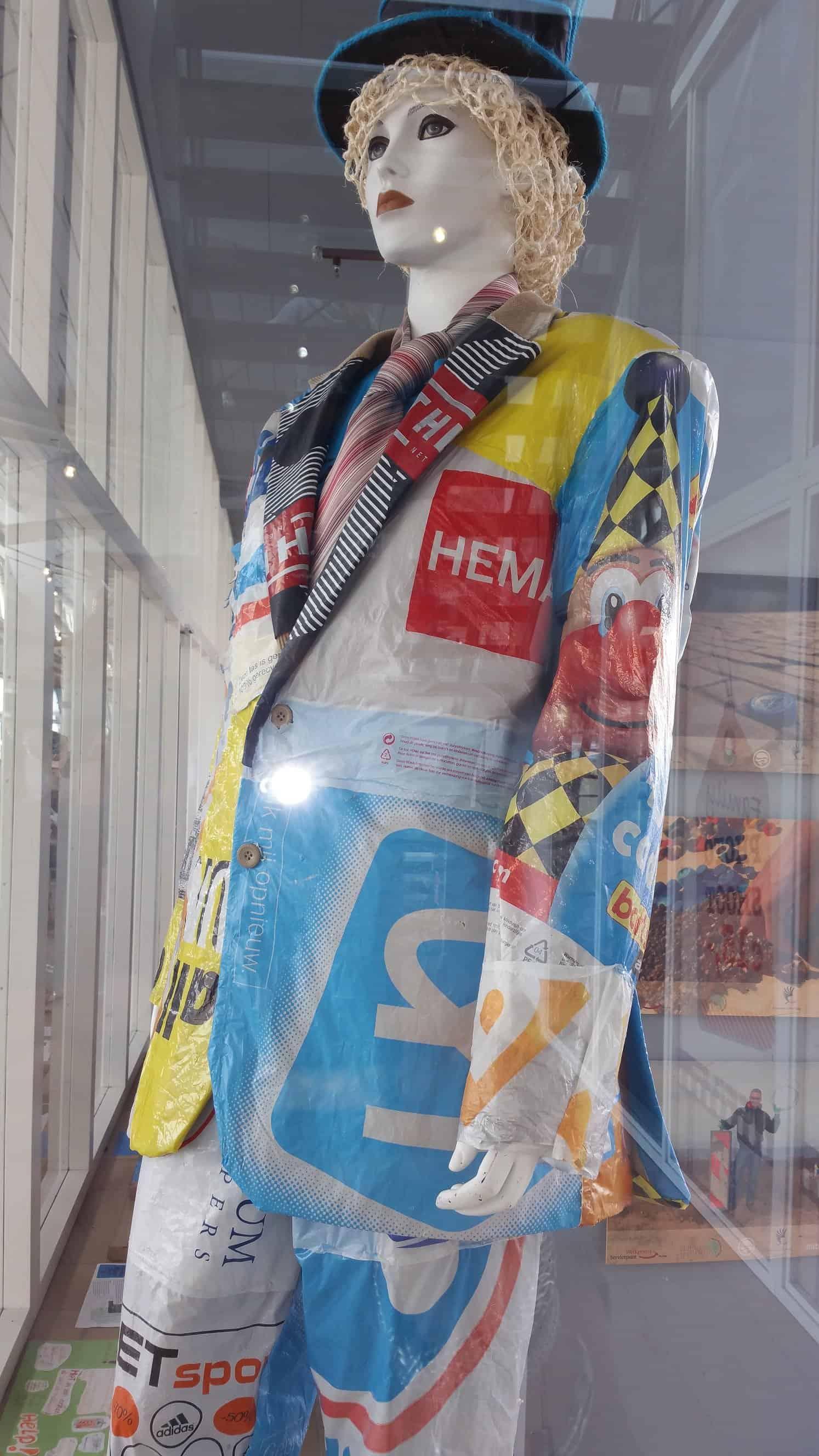 pak gemaakt van plastic draagtassen