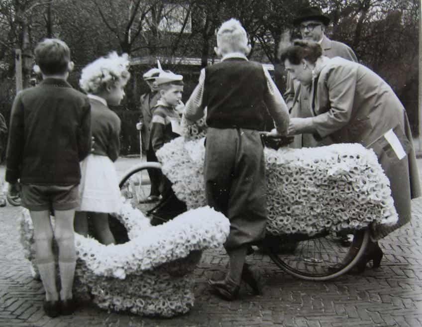 Fiets versieren op koningsdag of voor fiets versier wedstrijd