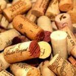 Aanmaakblokjes maken van oude wijnkurken